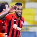Alex Teixeira linked with LFC move