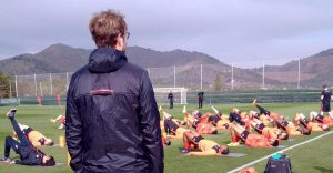 Jurgen Klopp oversees LFC training in La Manga