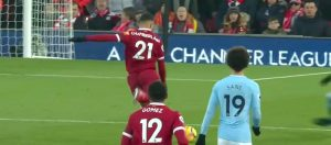 Oxlade Chamberlain scores against Man City