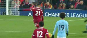 Oxlade Chamberlain scores against Man City